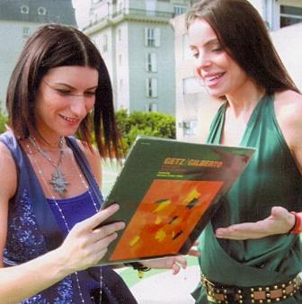 Laura Pausini recebe presente de Cicarelli