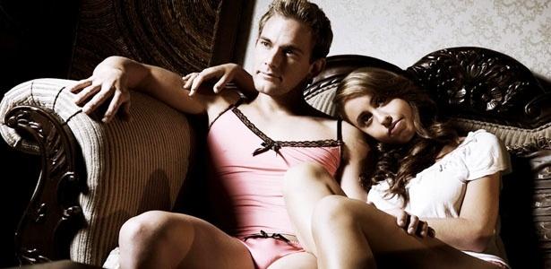 empresa-australiana-lanca-conjunto-de-lingerie-um-tanto-atrevido-exclusivamente-para-homens-1366848956726_615x300