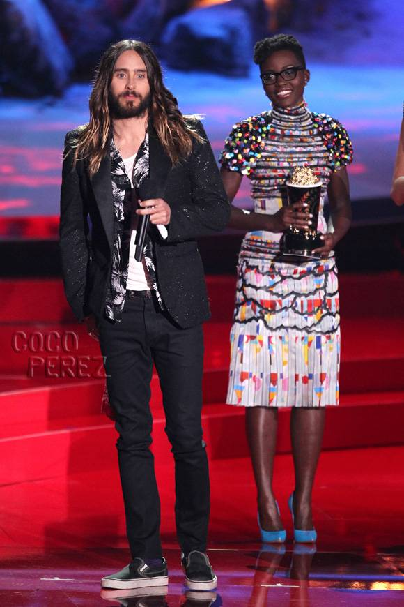 mtv-movie-awards-2014-jared-leto-on-stage__oPt