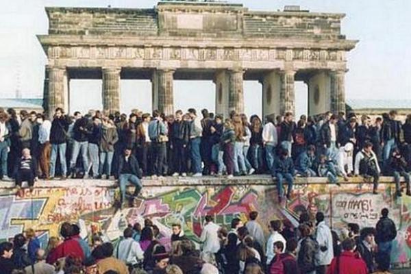 Derrubada-do-muro-de-Berlim